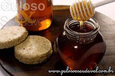 Quem aí AMA uma torradinha ou um leitinho quente com mel? E na Salada de Frutas? Delícia! Mas conhece todos os benefícios que o consumo de mel para a #saúde?  Artigo aqui: http://www.gulosoesaudavel.com.br/2014/01/13/conheca-beneficios-mel-para-sua-saude/#more-23219