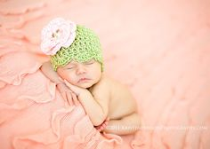 Handmade Newborn - 3 month Baby Girl Vintage Flapper Style Hat with Removable Flower Crochet Knit  - MORE COLORS AVAILABLE - Photo Prop