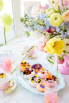 A Bright & Colorful Floral Mother's Day Celebration