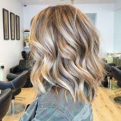 beautiful lob - perfect blonde highlights