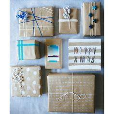 L'art d'emballer les cadeaux de Noël Saviez-vous que le paquet compte aussi bien que le cadeau ? À déposer au pied du sapin, il se doit d'être décoratif, attrayant, et raccord avec la décoration de Noël choisie. Du papier Kraft, des stylos de couleurs pour dessiner des motifs, de la laine, du ruban ou du masking-tape, … Découvrez l'art d'emballer les cadeaux de Noël avec ces inspirations trouvées sur Pinterest.