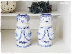 http://de.dawanda.com/product/55037139-Weiss-blaues-Salz--und-Pfefferstreuer-Set