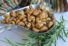 ROSEMARY CASHEWS Five elegant and delicious Champagne snacks that pair beautifully with bubbly and can be whipped up in 20 minutes or less.