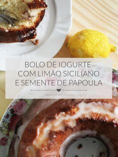 E se a gente misturar duas receitas gostosas em apenas uma? Esse bolo de iogurte ganha ainda mais bossa com limão siciliano e sementes de papoula. Mais em http://gordelicias.biz.