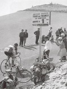 1958 13/7 rit 18 Mont Ventoux > Wim van Est tijdens de 22 km tijdrit (gewonnen door Charly Gaul)