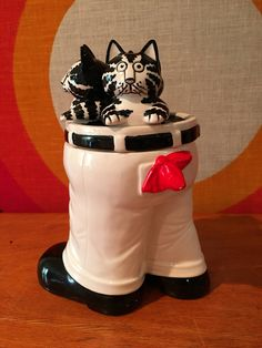 Vintage Kliban Cats in Pants Cookie Jar, Black and White Cat Cookie Jar, Ceramic Cookie Jar, Sigma Tastesetter, Kitschy Cat Cookie Canister by CapeCodModern on Etsy