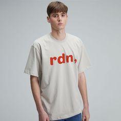 #그래픽 #반팔 #티셔츠 #라디네오 #여름 #디자인 #룩북 #룩 Beige T Shirts, Mens Tops, Fashion, Moda, Fashion Styles, Fashion Illustrations