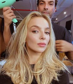 Jodie Comer (@jodiemcomer) • Instagram photos and videos Pretty People, Beautiful People, Perfect People, Beautiful Ladies, Blonde Hair Looks, Jodie Comer, Beautiful Celebrities, Woman Crush, Girl Crushes
