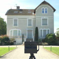 """21 mentions J'aime, 3 commentaires - Florent Hauss (@florenthauss) sur Instagram: """"Visite virtuelle + prise de vues par drone d'une magnifique propriété à vendre dans la Dombes…"""""""