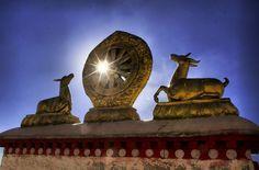 Das Wahrzeichen von Lhasa, der Jokhang Tempel.