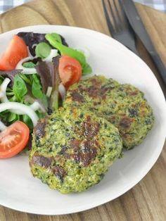 Chicken and spinach burgers - Recetas - Pollo Real Food Recipes, Chicken Recipes, Vegan Recipes, Cooking Recipes, Copycat Recipes, Free Recipes, Salada Light, Spinach Burgers, Healthy Cooking