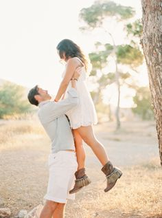Oh, so sweet: http://www.stylemepretty.com/destination-weddings/2015/09/09/romantic-spanish-sunset-engagement-session-in-ibiza/ | Photography: Ana Lui - http://www.analuiphotography.com/
