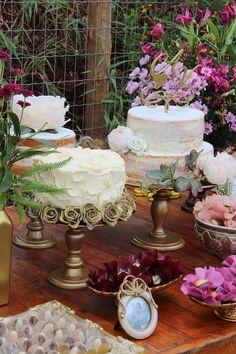 Trend alert: vários mini bolos no casamento - Berries and Love