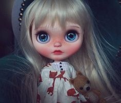 I've just seen a face I can't forget the time or place Where we just met She's just the girl for me And I want all the world to see We've met.. youtu.be/N0rRK1GIF-w Little Fernanda #umamibaby #customblythe #artdoll #art #blythe #blythephotography #toyphotography #blytheooak #dollphotography #blythestagram #blythedoll #faceup #ooakdoll #playfulraindrops
