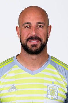 Team Player, Football Players, Bald Head With Beard, Fifa World Cup 2018, Liverpool History, International Football, Ac Milan, Poses, Puerto Rico