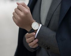 Birline watch : Stornoway  available at www.birline.com // #birline #harristweed  ____________________________________  #harristweedwatch #london #watch #menswear #mensfashion #details #menstyle #dapper #suit #gentleman #gq #bespoke #menwithstyle #menwithclass #watchesofinstagram #dandy #wristwatch #sartorial #watchnerd #ootdmen #tweed #sprezzatura #watchmania #londoner #watchcollector #watchuseek #mrporter
