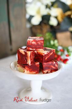Red Velvet Fudge - the most delicious fudge recipe -perfect for holidays like Christmas. A great edible gift for neighbors, co-workers, friends & relatives.on kleinworthco.com