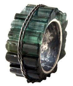 Kika Alvarenga ring