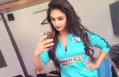 Latest Pictures of Krystle dsouza http://www.thatsgoofy.com/latest-pictures-of-krystle-dsouza/