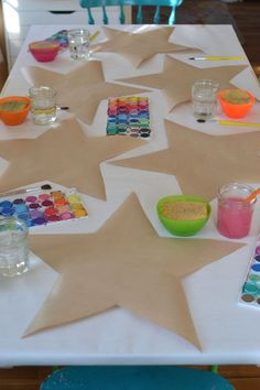 Puffy Paper Stars is part of Arts and crafts for kids - Make these paper stars from recycled brown bags, then stuff them to make them puffy! Preschool Crafts, Kids Crafts, Arts And Crafts, Classroom Crafts, Toddler Art, Toddler Crafts, Christmas Crafts For Kids, Summer Crafts, Stars Craft