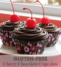 Valentine's Day is fast approaching, and these gluten-free cherry chocolate cupcakes would make a delicious homemade treat that your family will devour. - The gluten-free homemaker Low Carb Chocolate, Chocolate Treats, Chocolate Cherry, Chocolate Cupcakes, Chocolate Covered, Gluten Free Menu, Gluten Free Sweets, Gluten Free Baking, Dairy Free