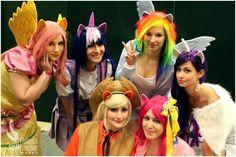 The ponies: Twilight Sparkle: Tazzie cosplay Pinkie Pie: Cassidy cosplay AppleJack: Alex Rogue Fluttershy: Aoime Cosplay World Rarity: Kana cosplay Rainbow Dash: me:)