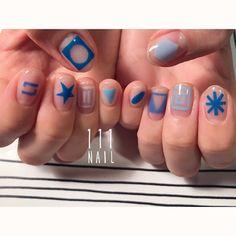 ◻️✳︎▪️◻️ #nail#art#nailart#ネイル#ネイルアート#blue#contemporary#クリアネイル#cool#edge#ショートネイル#安定の#inoo#jump#手書きアート#illustration#ネイルサロン#nailsalon#表参道#blue111#inoo111#contemporary111 #クリアネイル111#手書きアート111