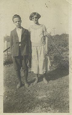 Earl Sparks with his Mother, Iva Mae (Chenoweth) Sparks.