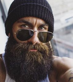 Cool and gentle full beard styles 09 - Fashionetter Badass Beard, Epic Beard, Sexy Beard, Full Beard, Beard Love, Perfect Beard, Great Beards, Awesome Beards, Hipster Bart