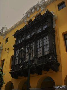 Balcones Coloniales en Lima-Perú
