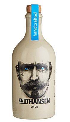 Rum Bottle, Gin Bottles, Glass Bottles, Bottle Packaging, Brand Packaging, Packaging Design, Gins Of The World, Cocktails, Gin Lovers