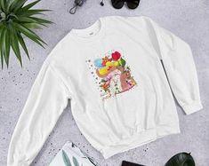 Etsy Bunti Munti World Grafik-Bilder von Zauberbazar auf Etsy Design Shop, Graphic Sweatshirt, Etsy, Sweatshirts, Sweaters, Hero, Shopping, Gift, Fashion