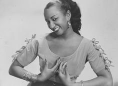 Celia Cruz look at DuckDuckGo New Jersey, Genre Musical, Musica Salsa, Salsa Music, Afro Cuban, Spanish Music, Female Hero, Jazz Blues, Black Pride