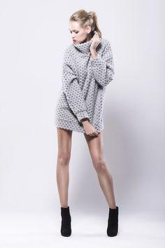 swetry-Długi wełniany sweter
