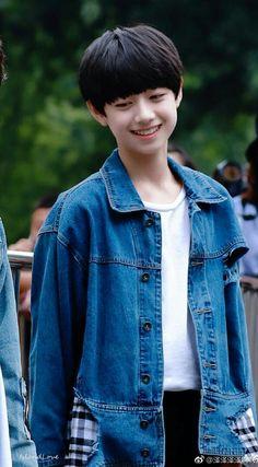 Liu, Asian Kids, Cute Korean, Ulzzang Boy, Cute Boys, Idol, Drama, Hair Styles, People