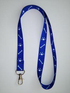 kľúčenka na krk modrá