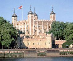 Royal London Morning Tour & Thames River Cruise