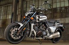 Yamaha 1700 V-MAX 2012 - Essai moto - MOTOPLANETE
