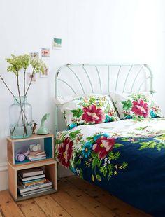 Petra-Bindel-photographer-Swedish-style-bedroom-bedlinen
