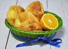 Drożdżówki z twarożkiem i pomarańczową glazurą.  Autor przepisu: MIENTA