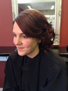 Side sweep into soft wavy cluster -hair by Jac