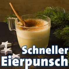 Eierpunsch: Rezept wie vom Weihnachtsmarkt Eggnog recipe to make yourself – this alternative to mulled wine really brings us into the winter mood and tastes better than at the Christmas market. With rum and wine … Halloween Cocktails, Christmas Cocktails, Healthy Eating Tips, Healthy Nutrition, Cocktail Drinks, Cocktail Recipes, Eggnog Rezept, Most Popular Drinks, Mulled Wine
