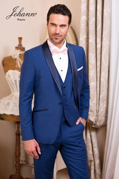 mens wedding suits grey and purple Tuxedo Wedding, Wedding Suits, Blue Wedding, Rustic Groomsmen Attire, Groom Attire, Costume Marie Bleu, Wedding Dress Costume, Blue Tux, Suit Stores