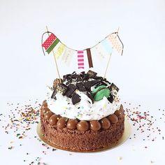 • Brownie Birthday Cake •  Pedidos y consultas  contacto@kekukis.com.ar #brownie #birthday #cake #kekukis #pastry