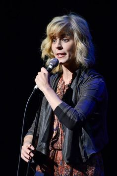My review of the incredible Maria Bamford at Moontower Comedy Fest, who gave a death-defying performance http://www.austin360.com/weblogs/always-funny/2014/apr/25/maria-bamford-thrilling-death-defying-moontower-fe/