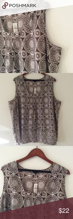 🆕 Beautiful Print Silk Cotton Tank Blouse 22W Talbots Woman. 72% Cotton 28% silk blend Tank Blouse. Very lightweight and airy. Size 22W Talbots Tops Blouses