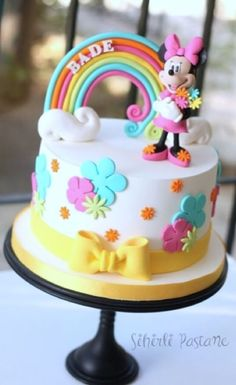 Minnie Mouse Rainbow Cake – Cake by Sihirli Pastane Minnie Mouse Rainbow Cake – Magic Cake by Cake Mickey Mouse Torte, Minni Mouse Cake, Bolo Da Minnie Mouse, Minnie Mouse Cookies, Bolo Mickey, Minnie Mouse Birthday Cakes, Minnie Cake, Mickey Cakes, Baby Birthday Cakes