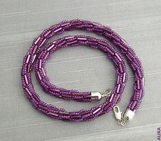 turkish tourniquet: crochet bead - crafts ideas - crafts for kids Crochet Necklace, Beaded Necklace, Beaded Bracelets, Necklaces, Bead Crafts, Jewelry Crafts, Bracelet Patterns, Beading Patterns, Beaded Jewelry