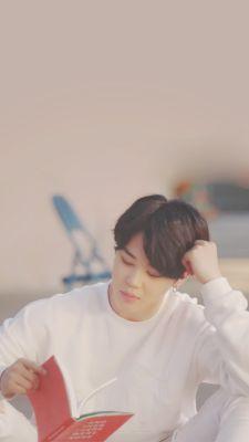"""Are you sure if you ran away then do you think your dad can show his face to anyone?"" Jimin said as slowly came closer to Y/N. Park Ji Min, Seokjin, Namjoon, K Wallpaper, Jimin Wallpaper, Bts Boys, Bts Bangtan Boy, Jikook, Jung Hoseok"