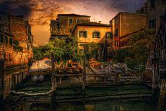 Venezia Squero in Corte dei Muti by Maurizio Fecchio on 500px